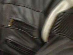 Mekanikern och cyklist i Fisting