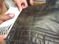 Eski deri motosiklet ceketi üzerinde cum