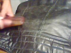 cum auf Vintage-Leder-Biker-Jacke