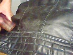 sperma Tappning för i läder bikerjackan
