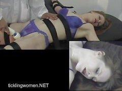 Realtickling Vib Darby 1B Orgasmo