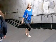 barefoot Julia