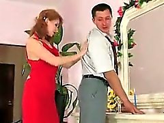 Ryska Redhead för jäklig missbruk av Guy