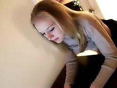Blonden Jugendlich Mädchen Spanking sowie abgefickt