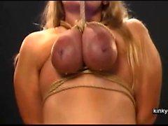 раб поднимается по груди