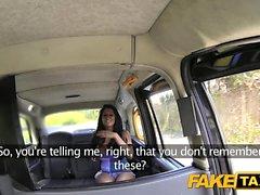 Fake Taxi Knee saappaat iso perse ja tissit
