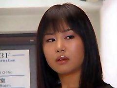 Esposa japonesa paga dívida do marido - Parte 1 - Cireman