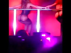 Beyonce culazo en show (tanga)