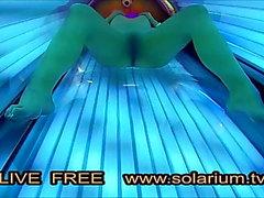 Solarium Cam quente com tesão menina masturbação solário