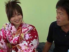 Nozomi Hazuki har svårt att knulla i hardcore