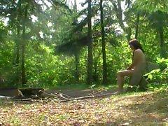 Обнаженные поход в Ньюпорт Wilderness Park Марк Хефрен