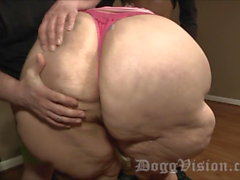 Big Butt Squirting GILF Fucks Stepdaughters Boyfriend