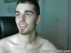 Web kameramda çıplak kılığında seksi bir bir hunk