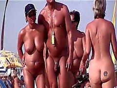 Ranskalainen nudisti ranta myssy d'Agde ihmiset kävely alasti 09.