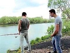 Hahn in der Öffentlichkeit Homosexuell Fishing For Ass aus Shorts Das Festhalten an