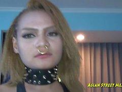 Ascensore Pickup Indian Slut a Singapore