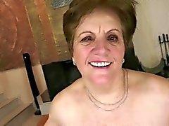 Mormor samt ung - den 30