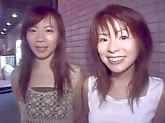 atraente dupla de asiática que adquire pervertido e estúpidas no Club -by PACKMANS