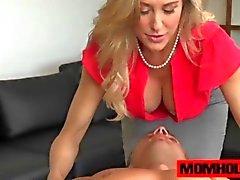 Du MILF Brandi Love se fait faire plaisir aux mecs big cock