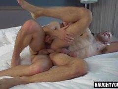 cumshot ile Big Dick eşcinsel çevirme flop