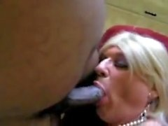 Mature CD Fucked By Black Dong
