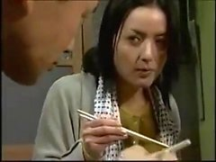 Punto de vista japonés MILF madura follada duro