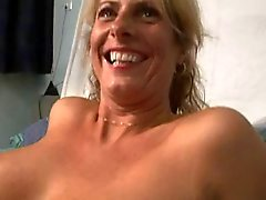 Dutch Big Tit de Milf