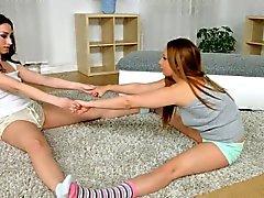 Sexy venytyksen Sapphic Erotica - aistillisen lesbo kohtauksen