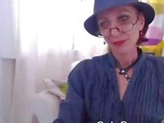 Flaca abuelita en Webcam en Mostrar Su concha
