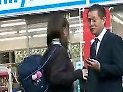 écolière asiatique sexy avec gros seins suce et manèges bites i