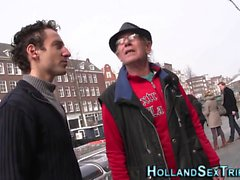 Cum pulverizado holandês Hooker