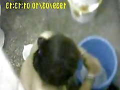 Бенгальский Деси Ближний Bhabi Bathing ванной скрытой камеры