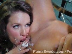 Pussy dolce torta ! Grosse tette Puma Swede e di MILF Veronica Avluv !