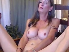 Chaud Sexy Camwhore Busty Jouant Son Invitant Cooter Hitachi