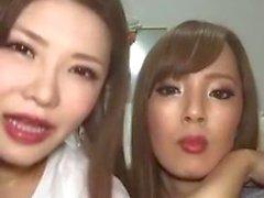 Hitomi Tanaka & Okita Anri in Live on Instagram