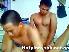 Den Pinoy Pojkar Gayvänligt med trekanter