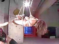 Natsuki in BDSM lesbische club
