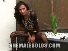 Beautiful shemale babe Leticia Freitas is teasing today in