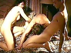 Trio MMF Vintage bissexual