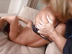 latina colombienne chaude baisée dans ses minuscules trous