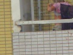 Spycams Caught Tirkistelijä Huoneen Topless Nainen