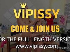 Vipissy - Piss modell behövs - Lesbian Piss