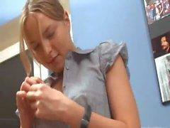 Ivana подростком идет анальным в офисе