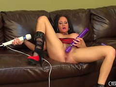 Busty MILF babe Tory Lane goes live to toy herself and show her nice knockers