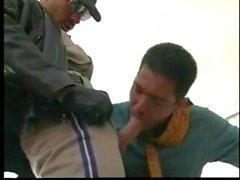 Gay Ryhmäseksi Doesnt Pysäytä niinkuin Poliisit paikalle