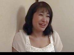 50 Jahre alt reifen Agaki Oda liebt Hahn