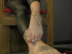 Goddess Raven Bay - Femdom - Foot Worship & Ass Worship