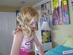Sarışın ponpon kız Alexa Grace rammed