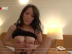 Kyouko Maki überrascht mit erstaunlichen POV Blowjob