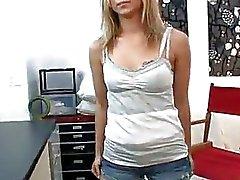 Melanie Jayne eerste keer ooit op camera